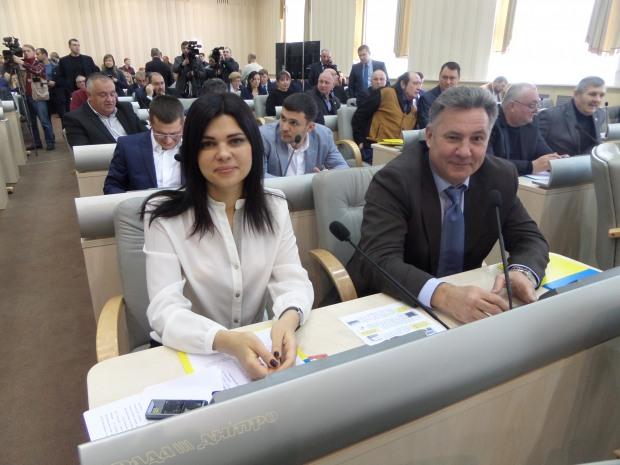 Депутаты от ВО «Батьківщина» в Днепропетровском областном совете стали надежной основой демократического большинства