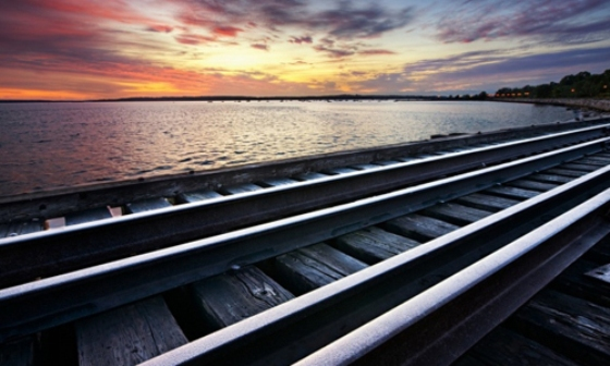 Днепропетровцам приготовили летние поезда на морские курорты