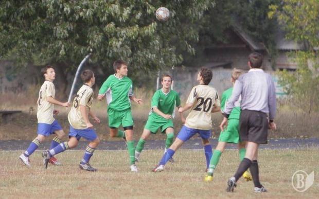 В Марганце ко Дню защитника Украины был проведен турнир по мини-футболу.