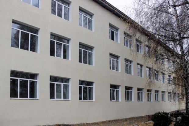 Модернизируют самую большую школу Верхнеднепровского района