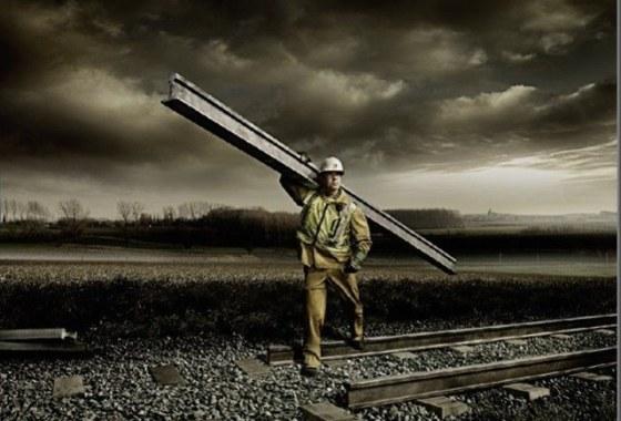 Из-за «охотников за металлом» на Днепропетровщине ночью остановились 9 пассажирских поездов