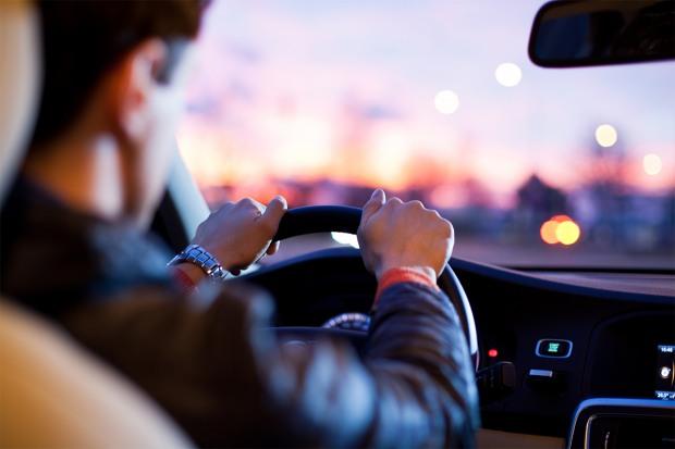 Отримати водійські права або купити авто – можна