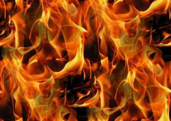 В Днепропетровске горел дом