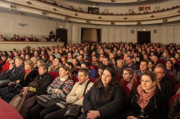 В Днепре для реабилитации участников АТО применяют театротерапию