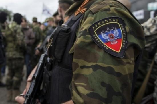 Террористы уничтожают доказательства расстрела мирных граждан (ВИДЕО)