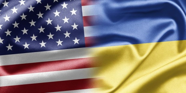 Школьникам-переселенцам Днепропетровщины будут помогать США