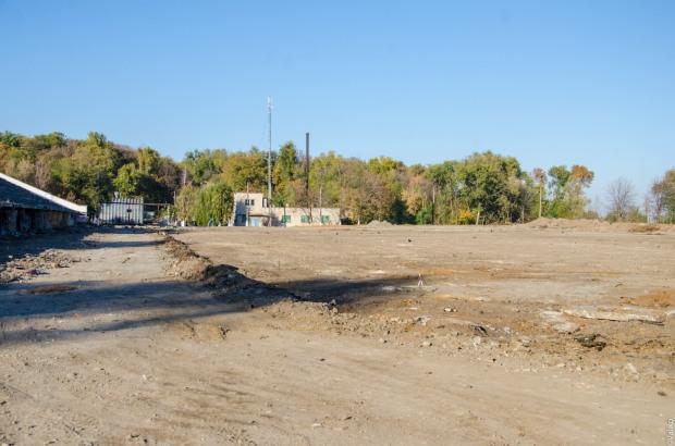 В Днепропетровске реконструируют стадион «Трудовые резервы»