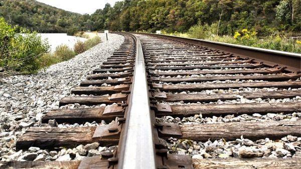 На Днепропетровщине подросток попал под последний вагон поезда