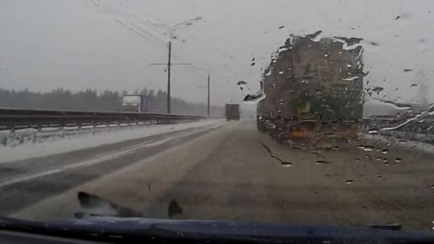 Полиция просит помощи в расследовании новых трагедий на дорогах Днепропетровщины