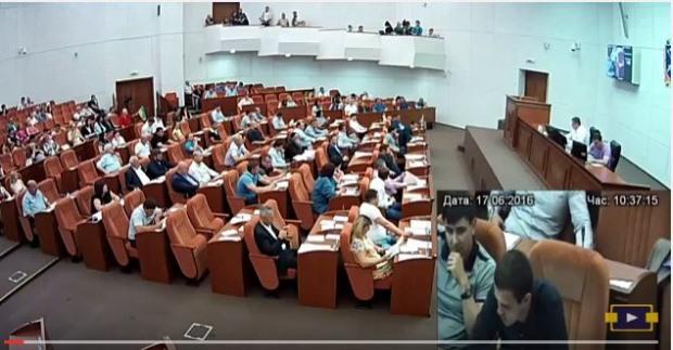 Днепросовет выделил деньги на котельную для дома, где живет депутат
