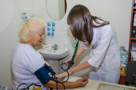 Врачи Днепропетровщины учатся преодолевать гипертонию и сахарный диабет