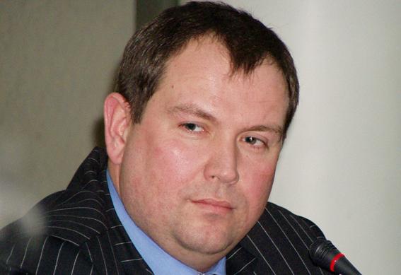 Екс-губернатор на свідченнях у суді: знає лише покійник