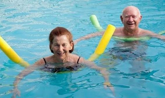 Будинок для пенсіонерів з басейном буде переданий у комунальну власність
