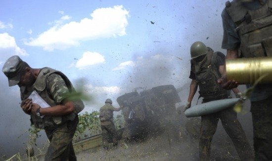 В Иловайске идут ожесточенные бои, доходит до рукопашки