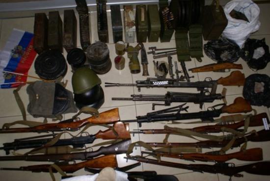 В Запорожской области разобрали «торговый» склад вооружения