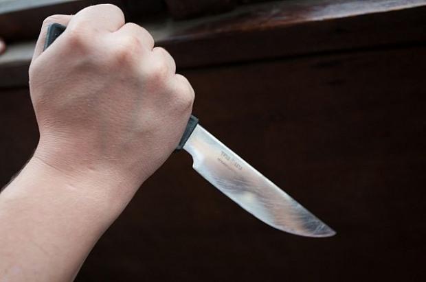 В Днепропетровске двое подростков зарезали ночного прохожего