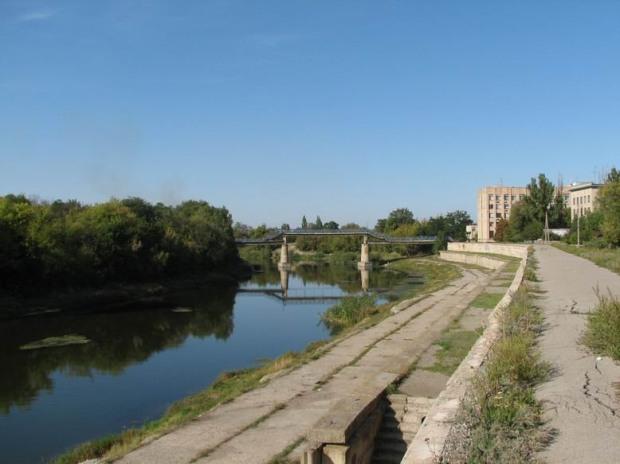 Санстанция рекомендовала жителям Павлограда не купаться в реке Волчьей