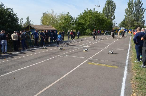 На Днепропетровщине проходят соревнования пожарных