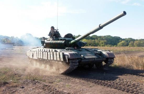 Танкисты Днепропетровщины отрабатывают оборону и наступление
