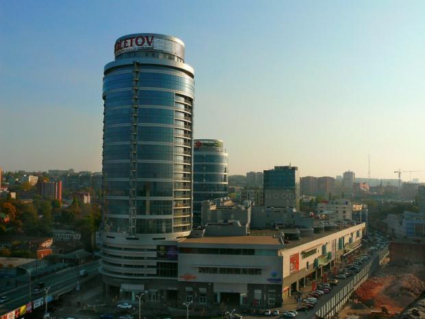 Компания Ермолаева сузит дорогу в центре Днепропетровска
