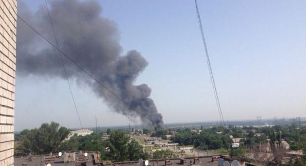 Почему так долго тушили пожар на складах в Днепре