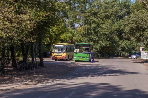В Днепре горожан перевозят нелегальные маршрутки