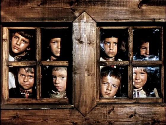 Чиновники Днепропетровщины высказались против интернатной системы воспитания детей