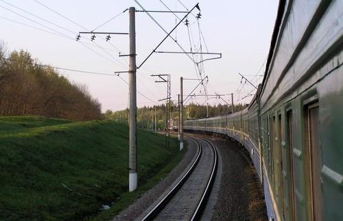 Непогода привела к задержкам поездов по ПЖД