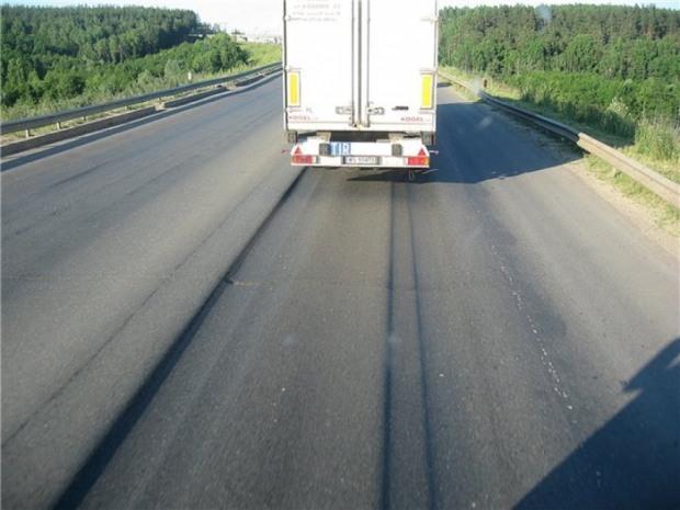 Где на Днепропетровщине водителям грузовиков переждать жару