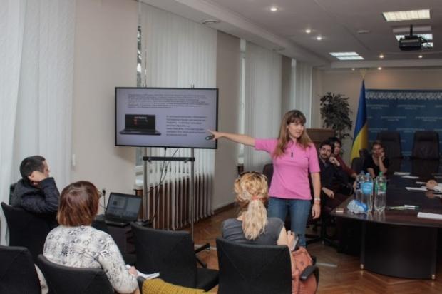 В Днепре провели бесплатные тренинги по преодолению стрессов и психотравм