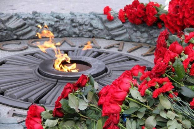 Сергій Миршавка вітає ветеранів та мешканців м. Кам'янське з 74-ю річницею визволення міста від фашистських загарбників
