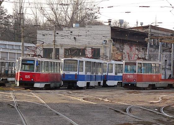 В Днепре на полтора месяца приостановили трамвайный маршрут
