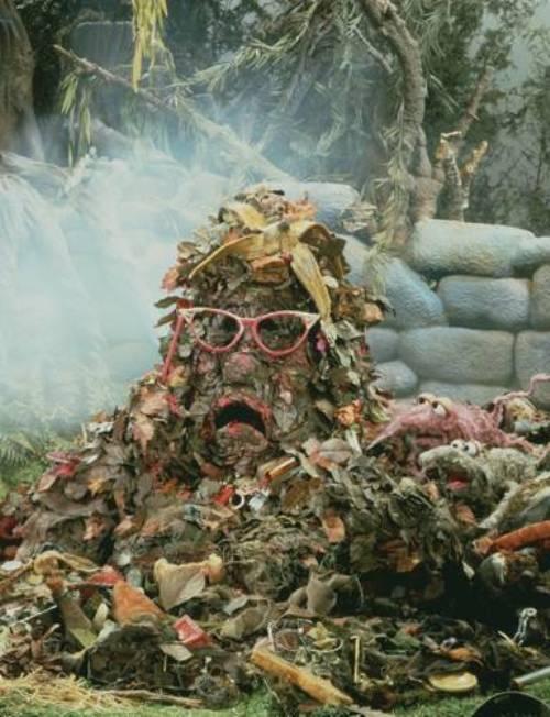 Днепропетровцев предупредили о многомиллионных долгах за вывоз мусора