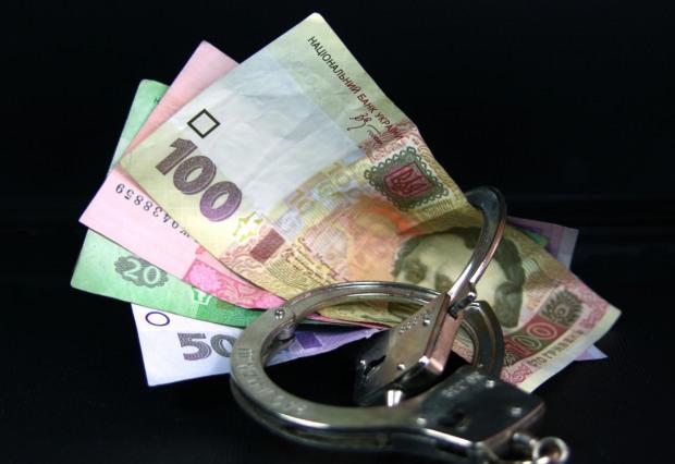 На Днепропетровщине будут судить полицейского и работника суда