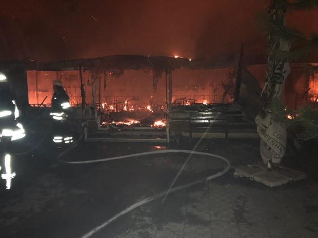 На Днепропетровщине во время пожара в кафе никто не пострадал