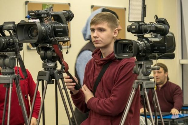 Жители Днепропетровщины могут отправить на конкурс историческую короткометражку