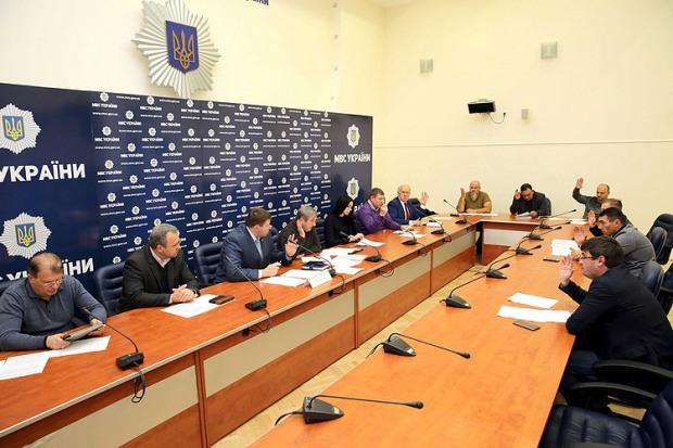 Правоохранители создали региональные общественные комиссии для борьбы с коррупцией в своих рядах