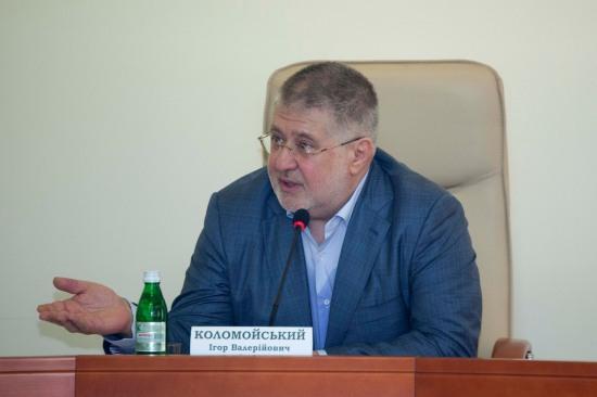 Коломойский рассказал, что он думает о люстрационном законе и гильотине на Фестивальном причале