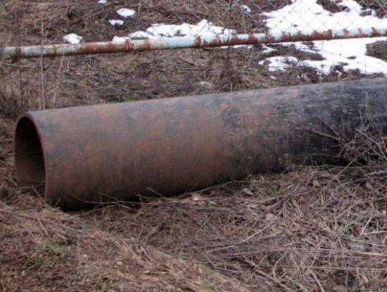 Чугунный трубопровод в трёх сёлах Апостоловского района растворился в неизвестности