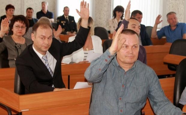 В Никопольском горсовете электронная система голосования не выдержала жары
