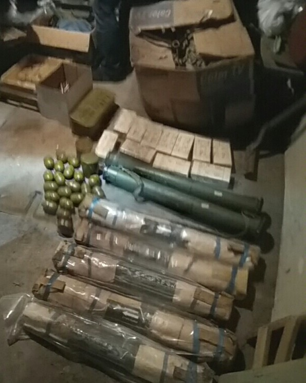 В центре Днепра складировали нелегальное оружие для продажи