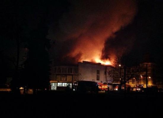 В Киеве горел кинотеатр «Жовтень», Кличко собирает совещание