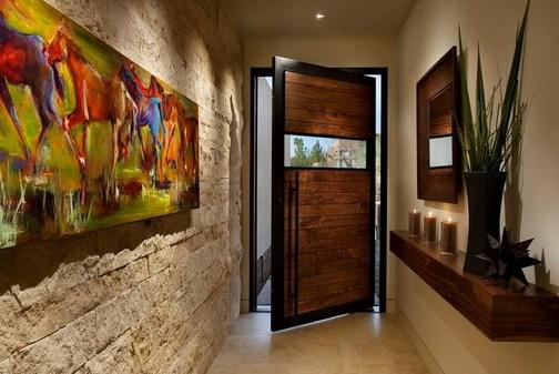 Дизайнерское оформление входной двери