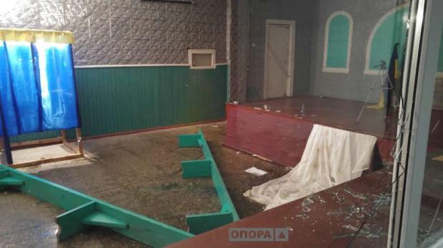 В Днепропетровской области разгромили избирательный участок