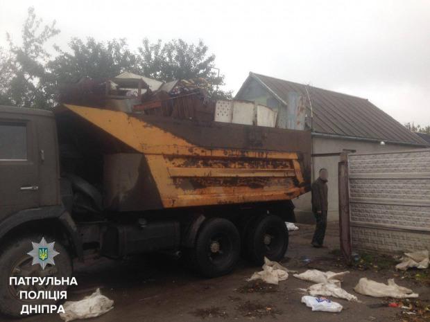 Патрульные начали отслеживать скупщиков металлолома