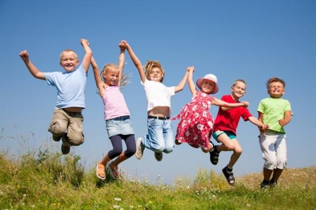 Как будут развлекать детей летом в школах Днепра