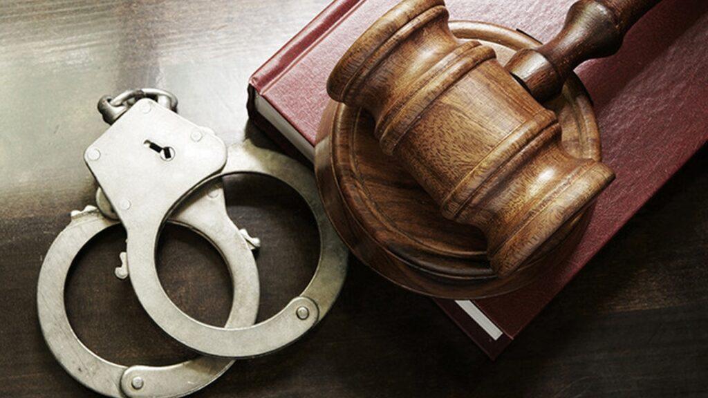У Дніпрі суддя-хабарник судить прокурора за хабарництво