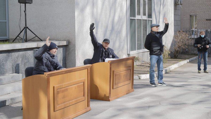 Активісти перевірять звіти депутатів Дніпровської міської ради