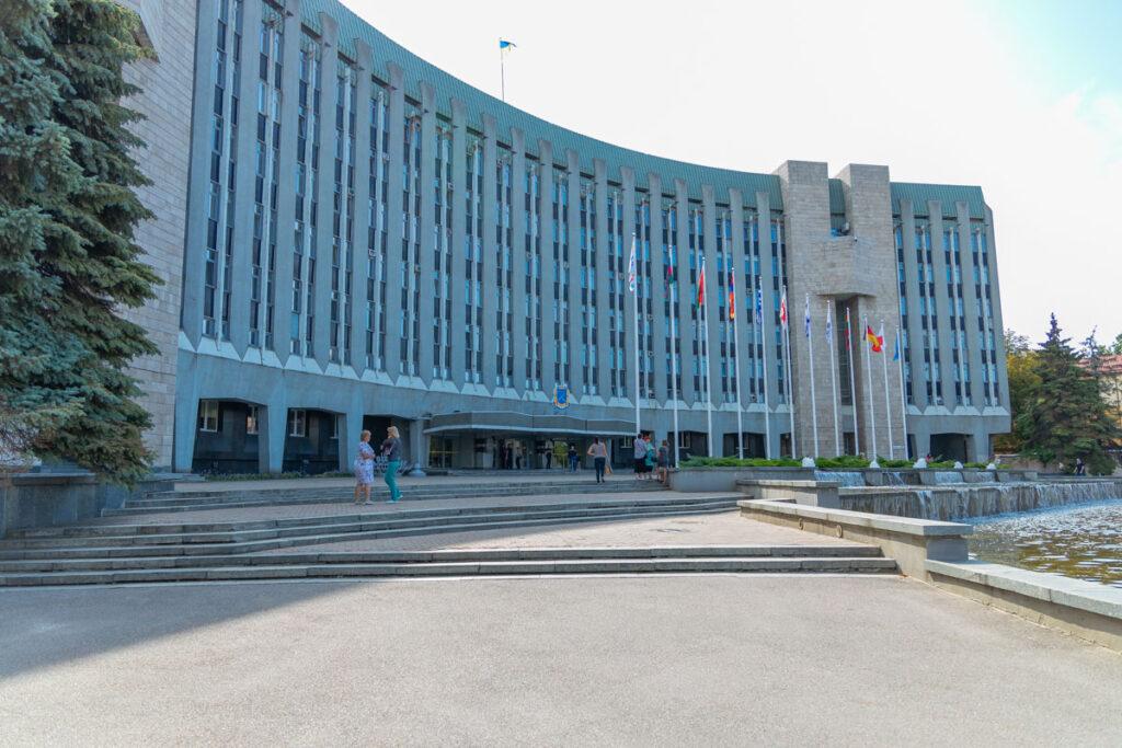 Дніпровська міськрада порушила постанову Кабміну