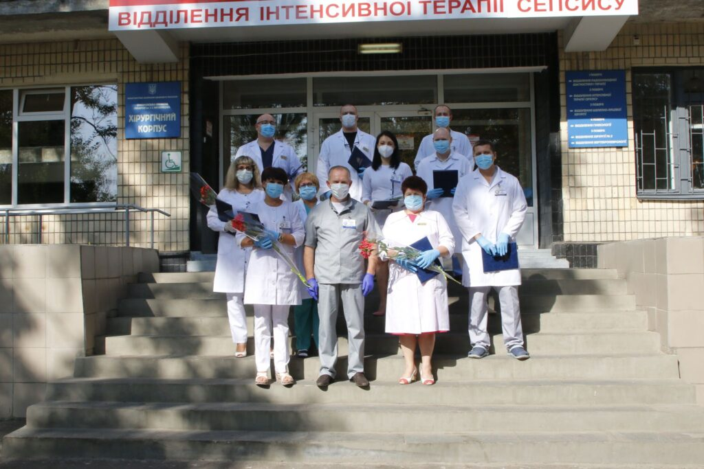 COVID-лікарів Мечникова відзначили державними нагородами